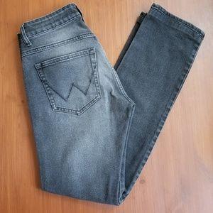 Wrangler Skander Fit Gray Wash Jeans